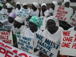 Liberian Women's Peace Protest at the US Embassy, Monrovia, 2003. Photo: Pewee Flomoku/Balcony Releases