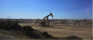 Oil extraction outside Bakersfield, CA (Photo credit: author)